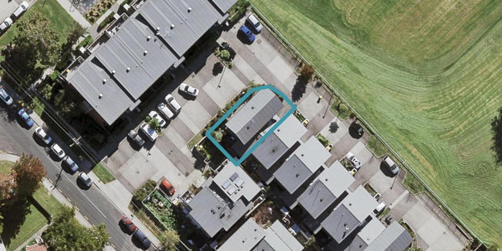 82A Tonar Street, Northcote, Auckland