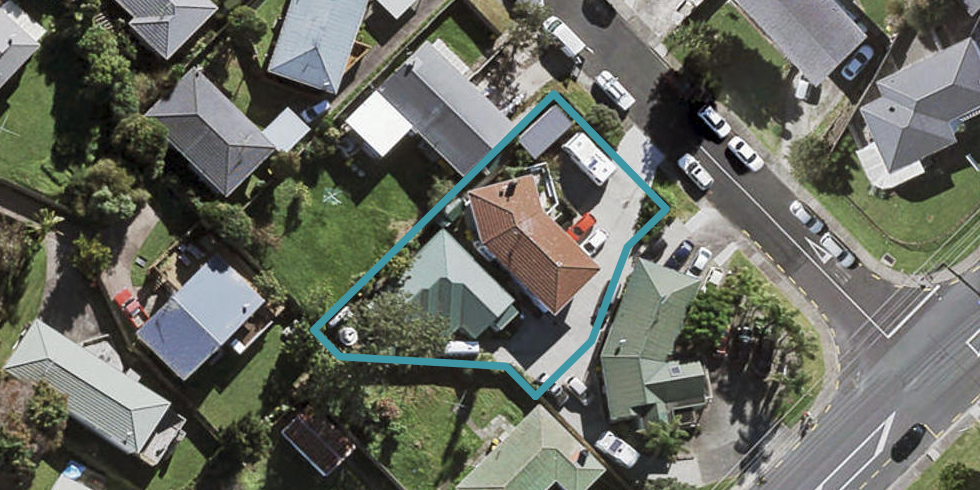 4 Locket Road, Glenfield, Auckland