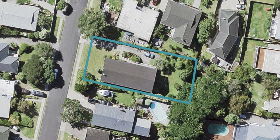 4 Mayfair Crescent, Mairangi Bay, Auckland