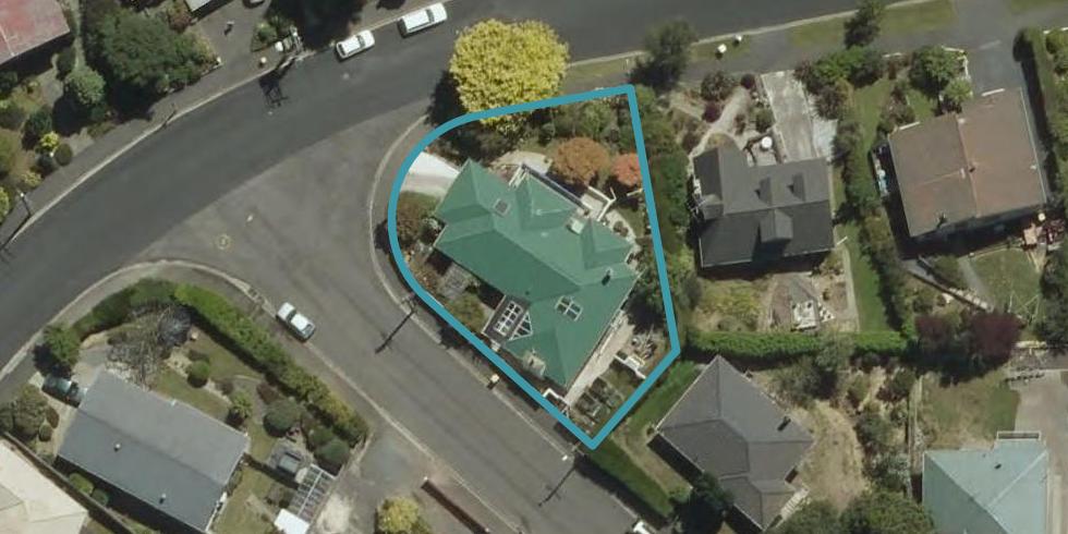 1 Colquhoun Street, Glenross, Dunedin