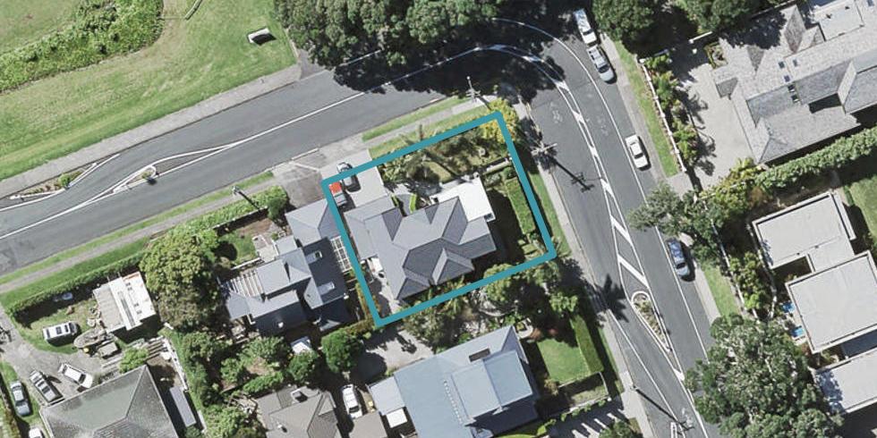 1 Seacliffe Avenue, Belmont, Auckland