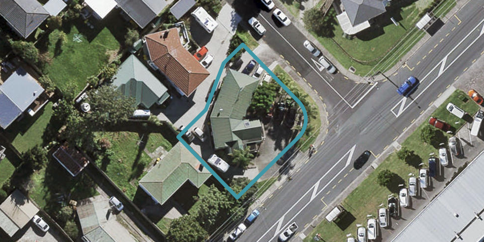 212 Archers Road, Glenfield, Auckland