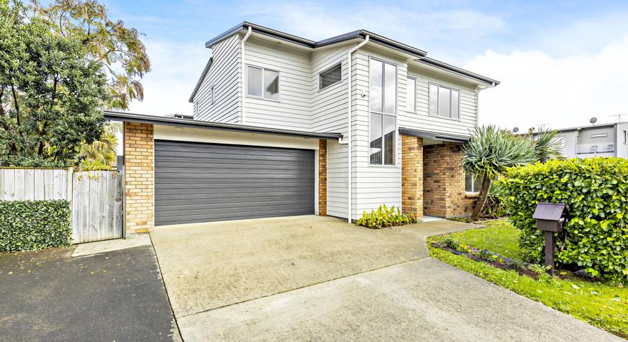 7 Birchlands Road, Flat Bush, Auckland