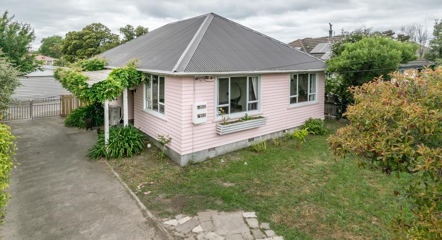 213 Breezes Road, Aranui, Christchurch