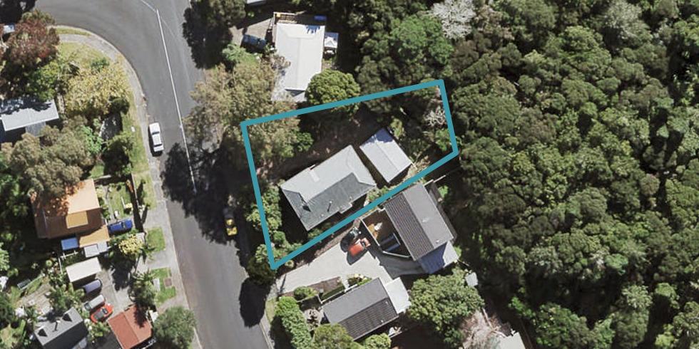 17 Lynn Road, Bayview, Auckland