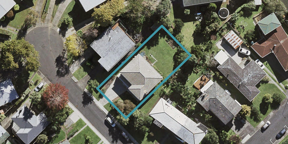 39 Evelyn Place, Hillcrest, Auckland