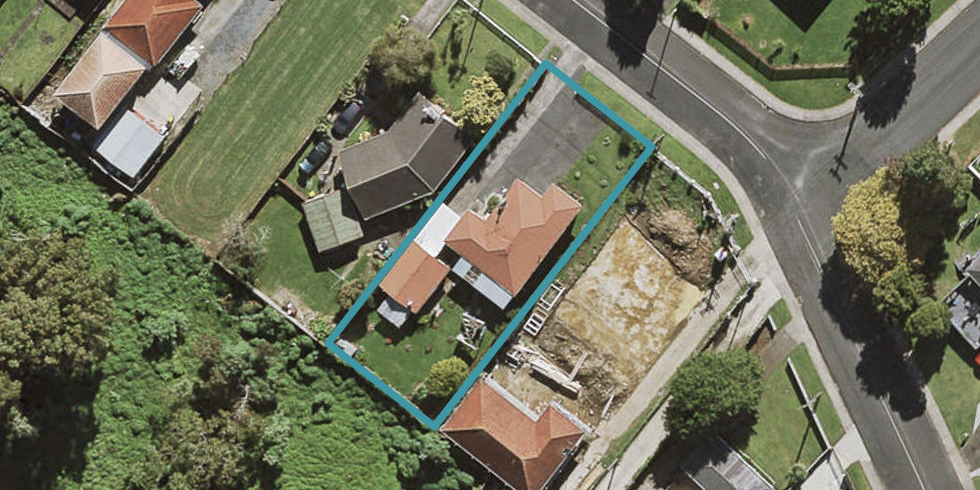 64 Hallberry Road, Mangere East, Auckland
