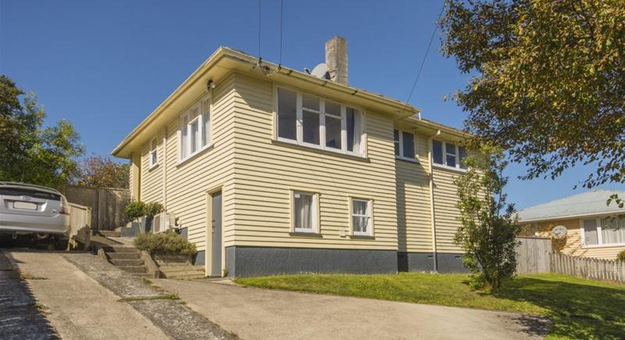 23 Davidson Crescent, Tawa, Wellington