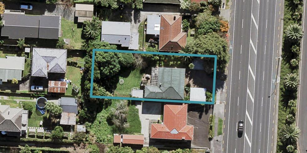 494 Te Atatu Road, Te Atatu Peninsula, Auckland