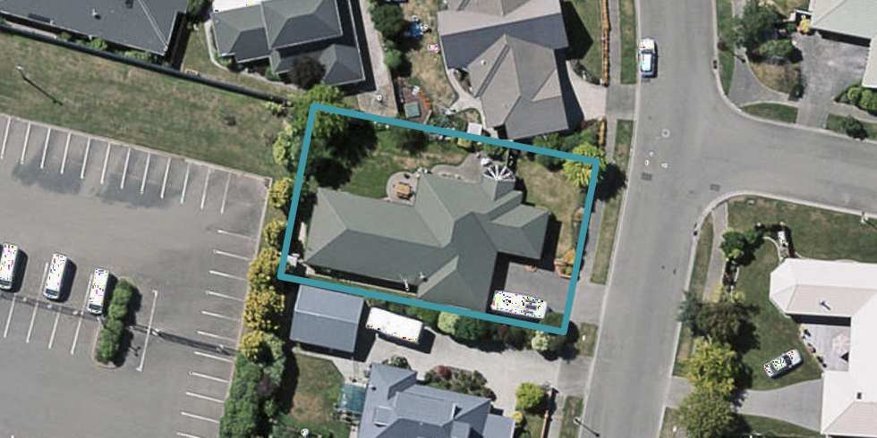 17 Farnswood Place, Redwood, Christchurch