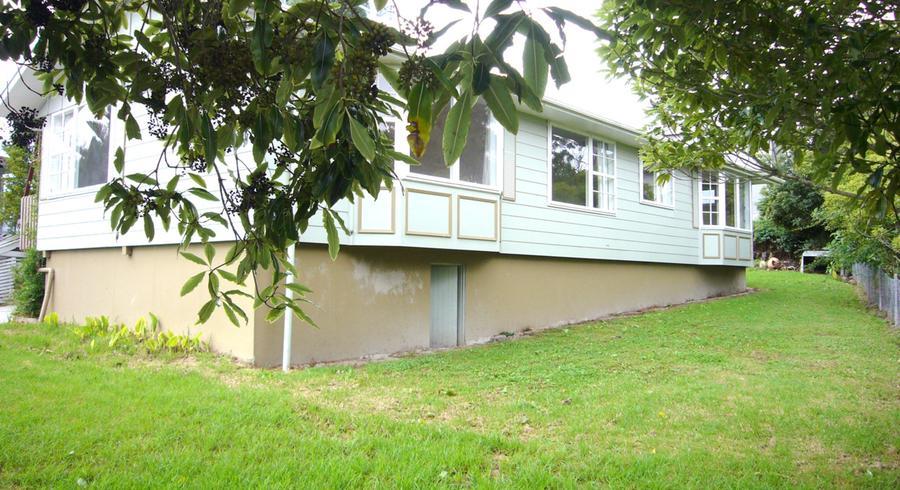 30 Fitzherbert Avenue, West Harbour, Auckland