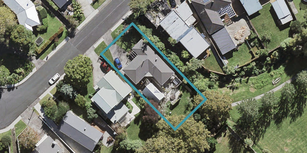18 Mountbatten Avenue, Hillcrest, Auckland