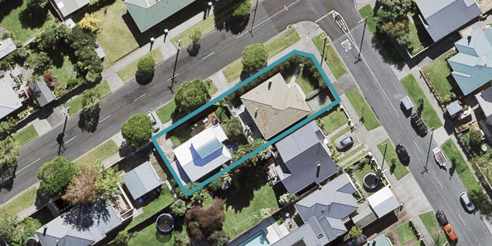 82 Kiwi Road, Point Chevalier, Auckland