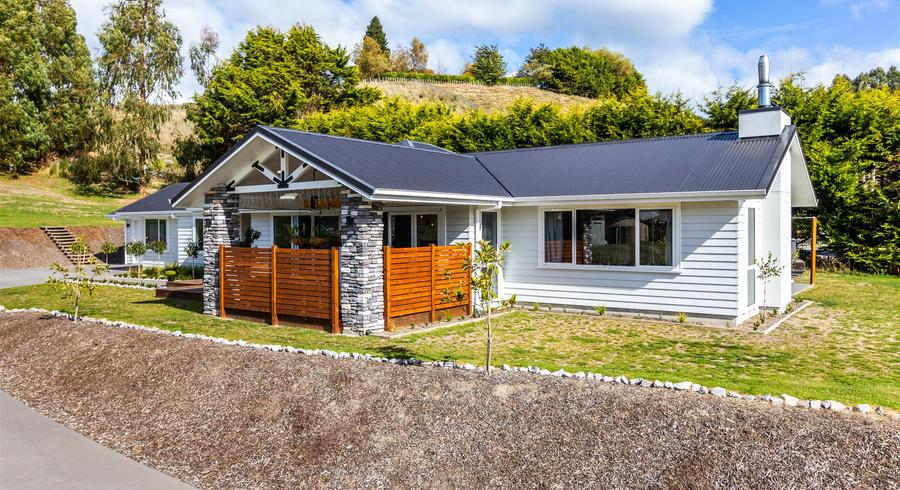 65 Dalmore Way, Acacia Bay, Taupo