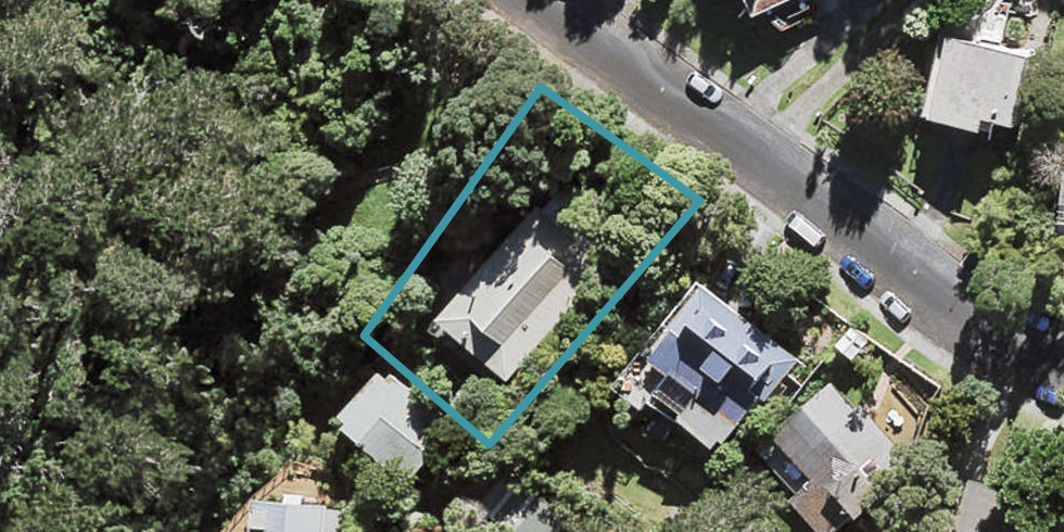 32 Rosecamp Road, Beach Haven, Auckland