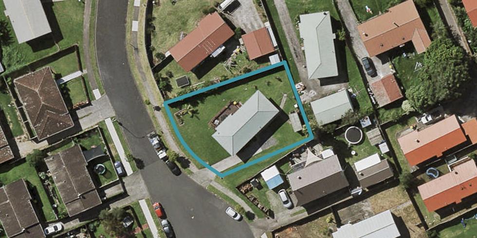 10 Leila Place, Clover Park, Auckland