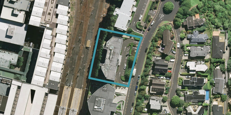 1D/36 James Cook Crescent, Remuera, Auckland