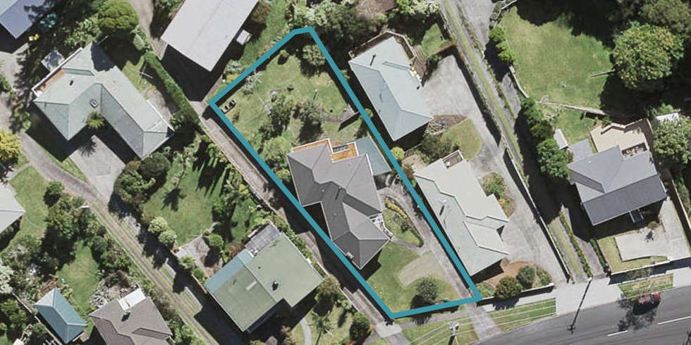 84 Coronation Road, Hillcrest, Auckland