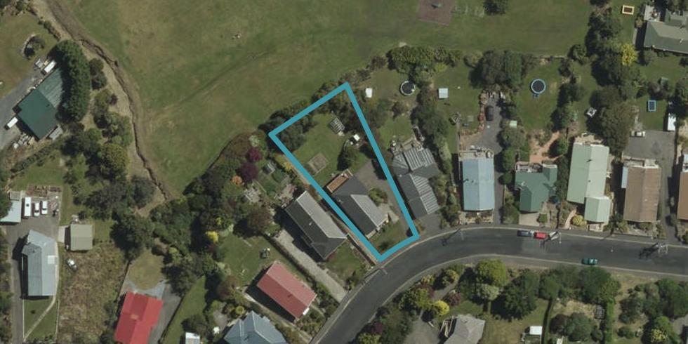 21 Roy Crescent, Concord, Dunedin