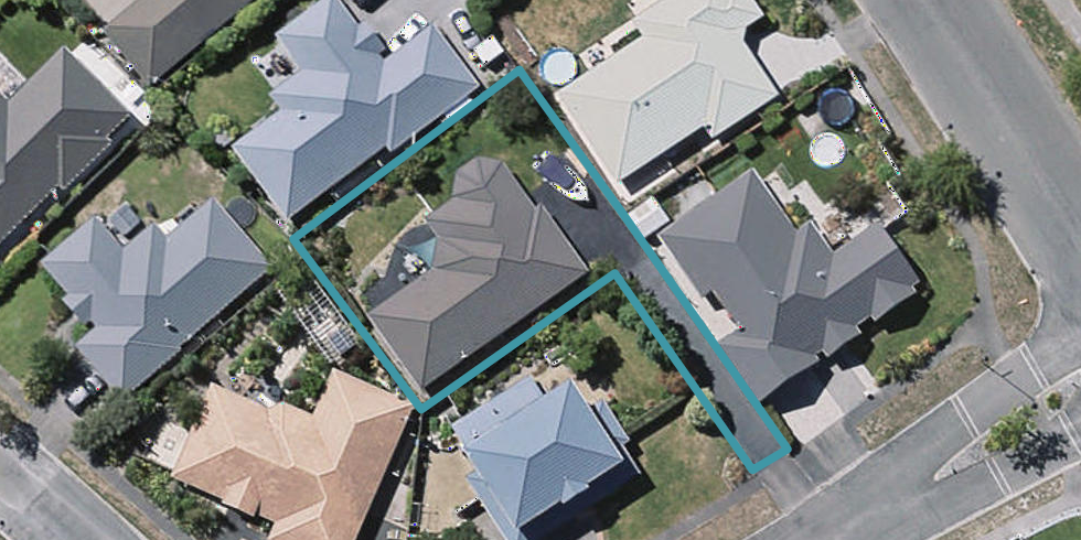 4 Amoka Crescent, Parklands, Christchurch