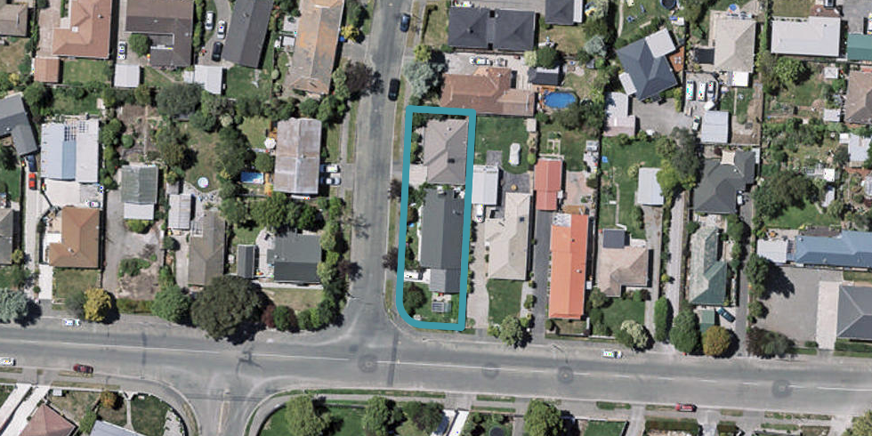 1/2 Sarabande Avenue, Redwood, Christchurch