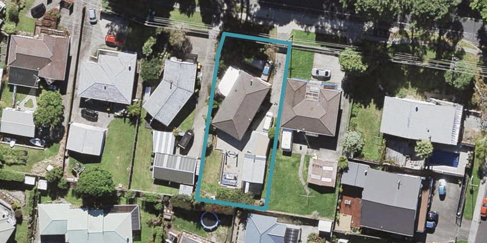 17 Triangle Road, Massey, Auckland