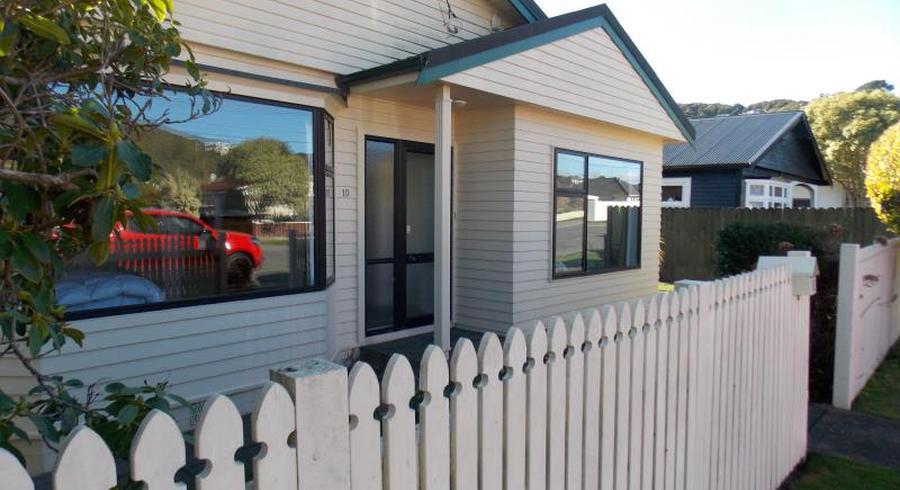 10 Fernlea Avenue, Karori, Wellington