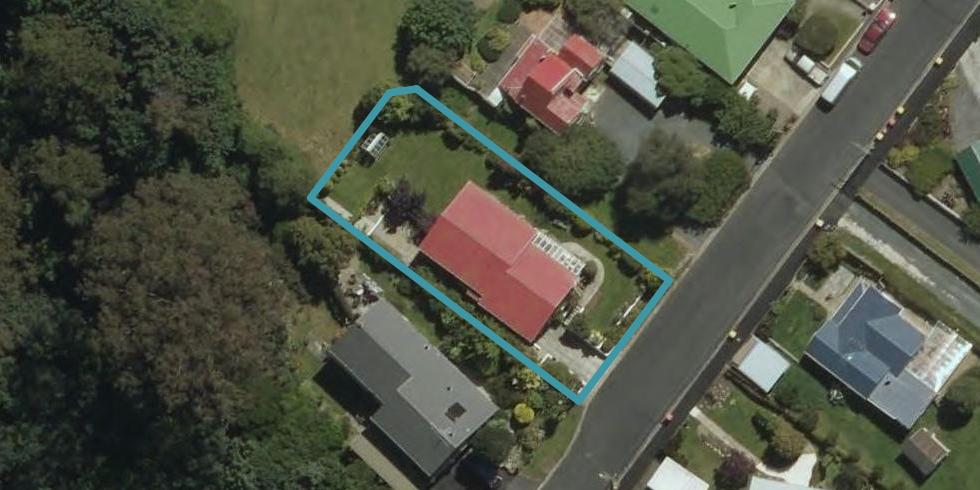 17 Helensburgh Road, Halfway Bush, Dunedin