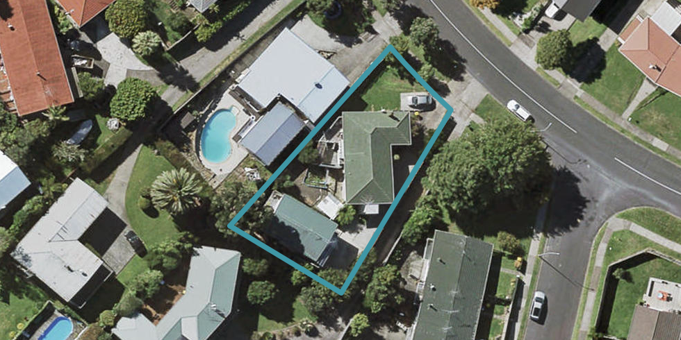 37 Chatsworth Crescent, Pakuranga Heights, Auckland