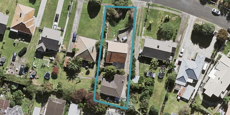 17 Cleghorn Avenue, Mount Roskill, Auckland
