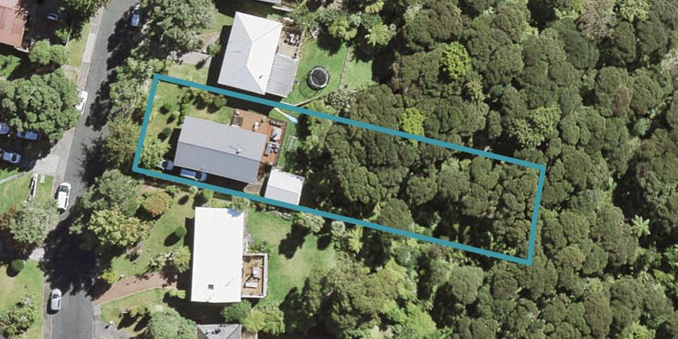 34 Rimutaka Place, Titirangi, Auckland