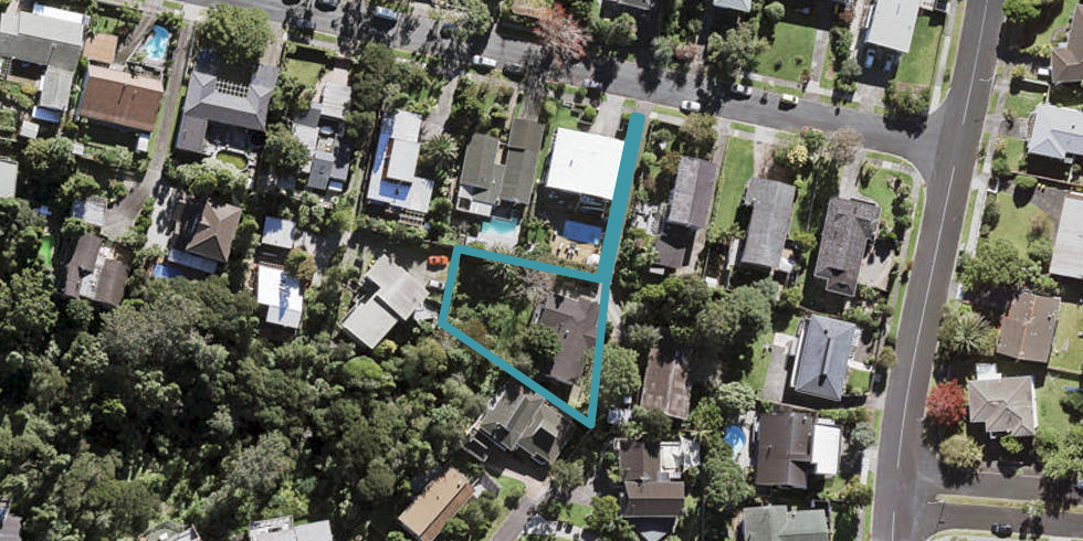 10 Barlow Place, Chatswood, Auckland