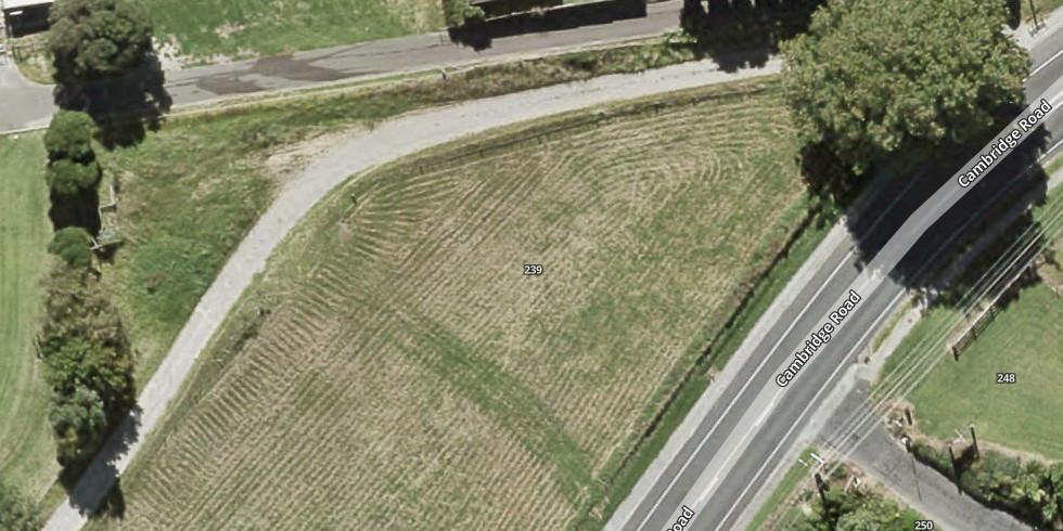 239 Cambridge Road, Bethlehem, Tauranga