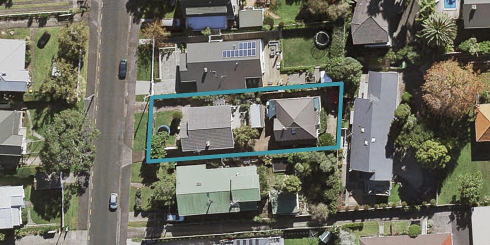 2/23 Church Street, Northcote Point, Auckland