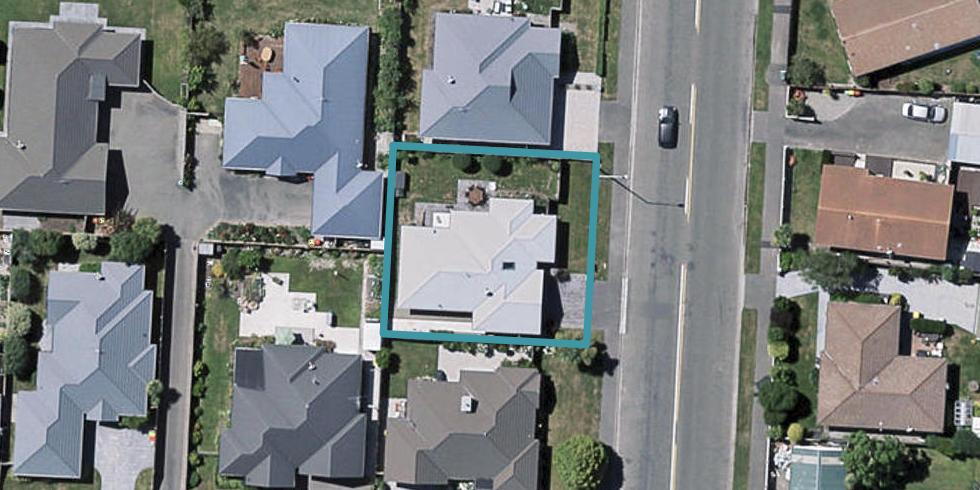 39 Grimseys Road, Redwood, Christchurch