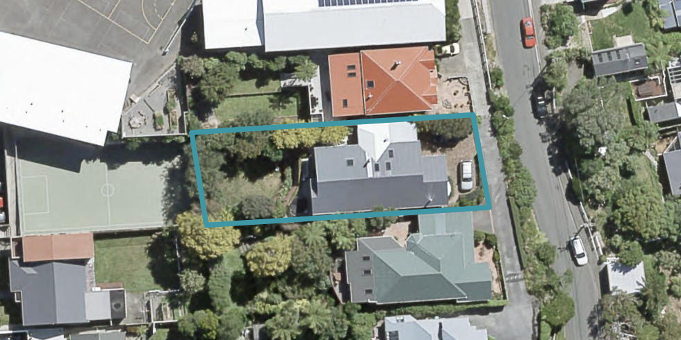 18 Harbour View Road, Northland, Wellington