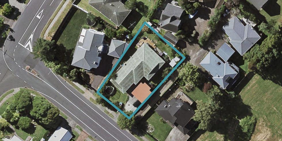 208 Norman Lesser Drive, Saint Johns, Auckland
