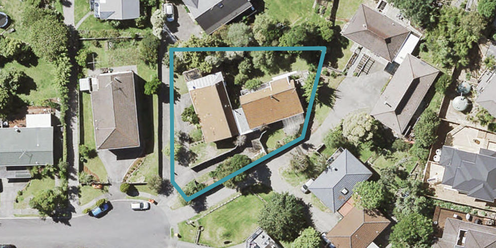 2/13 Dianthus Place, Browns Bay, Auckland