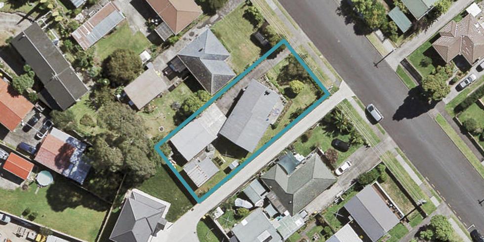 8 Garelja Road, Henderson, Auckland