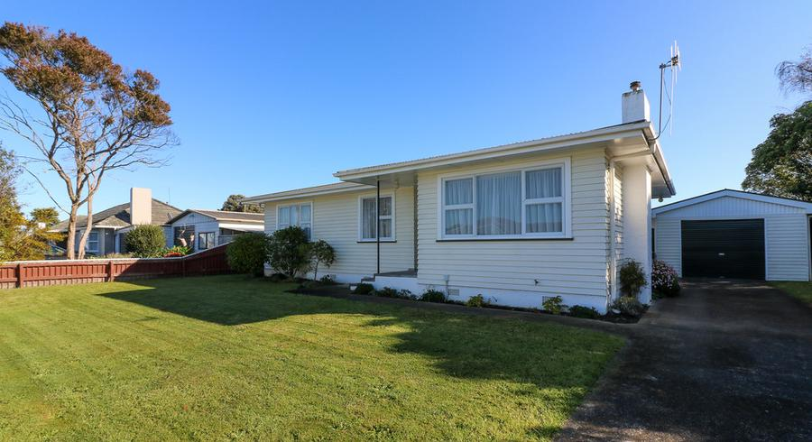 5 Battersea Place, Roslyn, Palmerston North
