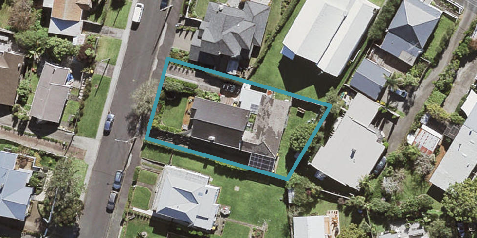 2/29 Clarence Road, Northcote Point, Auckland