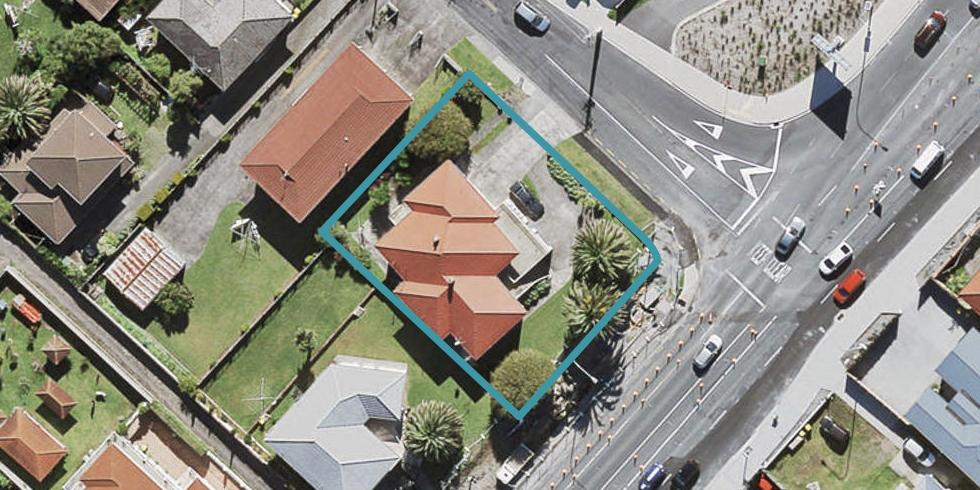 93 Royal View Road, Te Atatu South, Auckland
