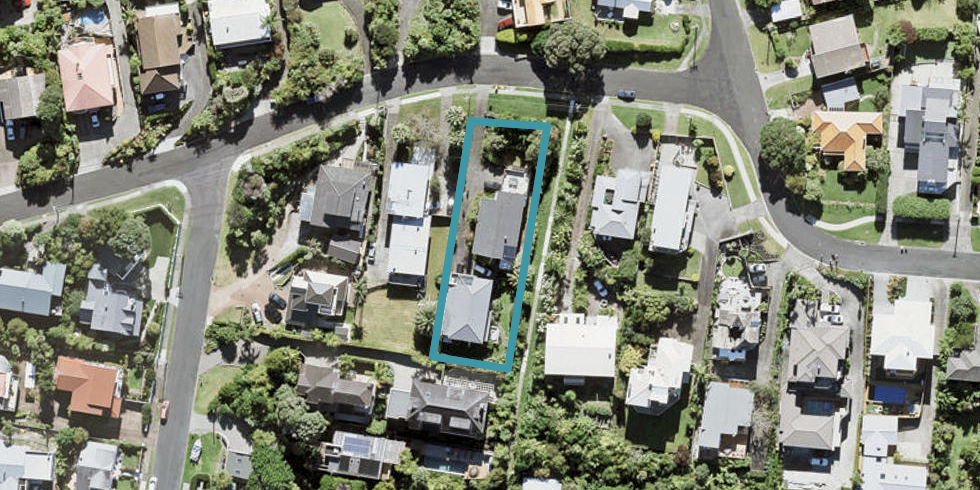 2/33 Orchard Road, Browns Bay, Auckland