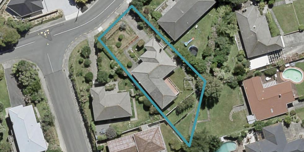 5 Larsen Crescent, Tawa, Wellington