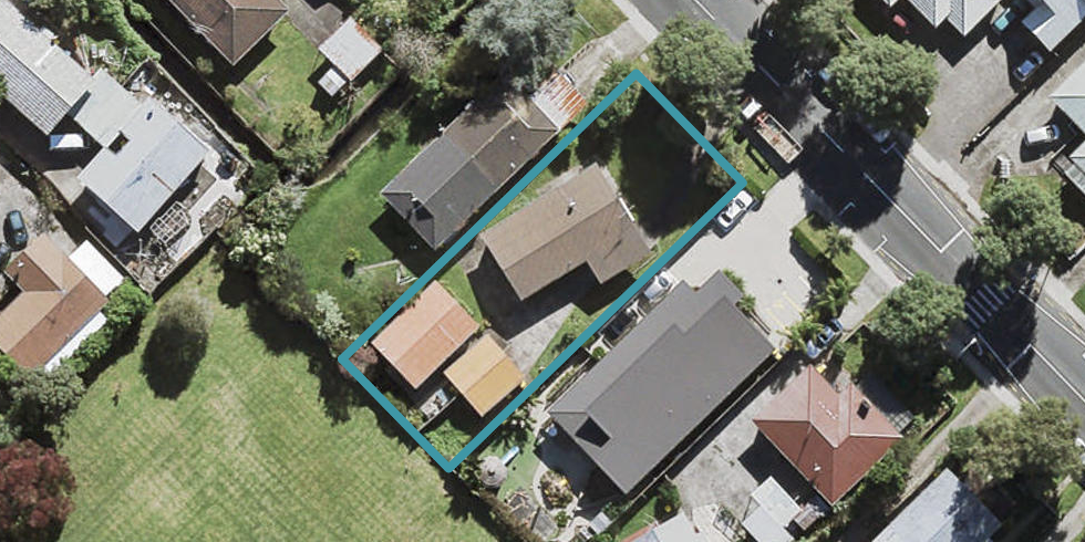 2/14 Chartwell Avenue, Glenfield, Auckland