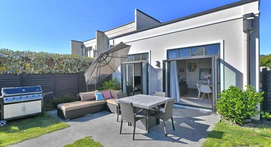 42 Country Club Terrace, Northwood, Christchurch