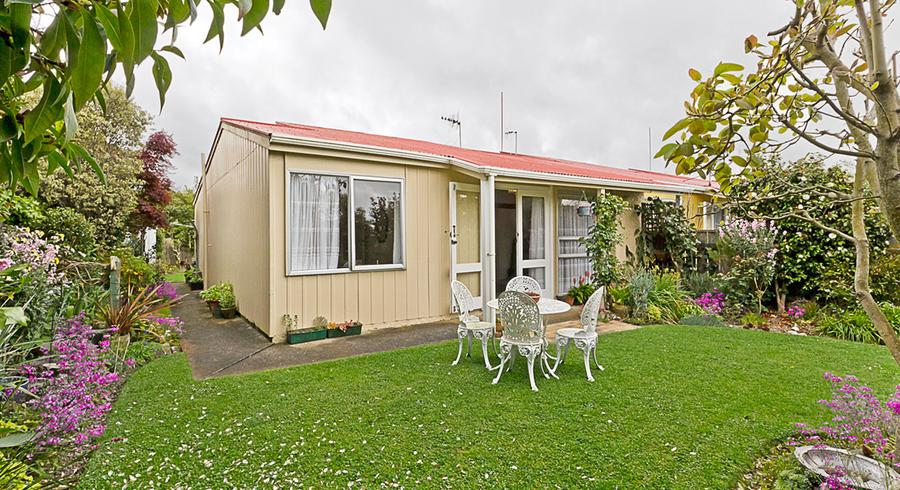 8 Westmere Place, Takaro, Palmerston North