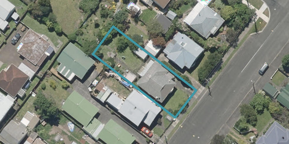 12 Plymouth Street, Whanganui
