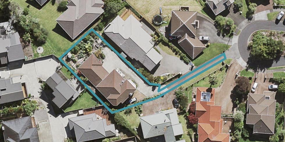 16 Mcfetridge Place, Hillcrest, Auckland