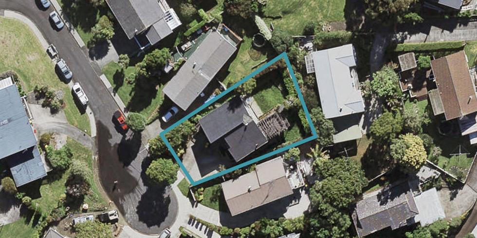 5 Almadale Place, Hillcrest, Auckland